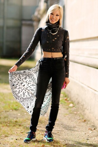 jeans black jeans top crop tops black crop top mesh top sports top sneakers scarf health goth