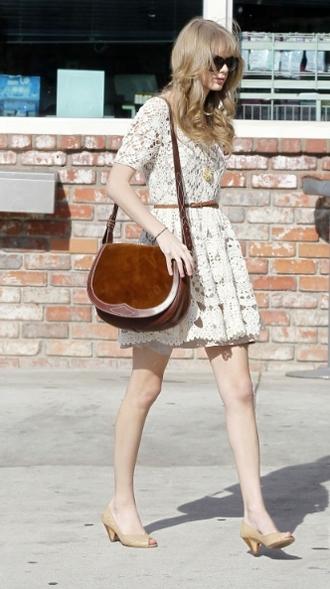 dress beige shoes white dress dentelle