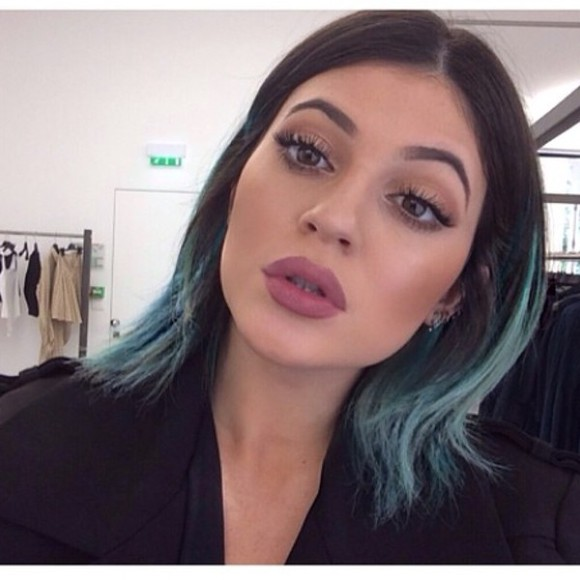 lipstick mac make-up mac cosmetics pink lips kylie make up lip liner kylie jenner lipliner liner matte lipstick matte