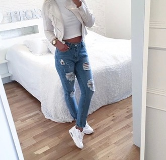 jeans jenas white shoes nike tumblr chic photography top camel