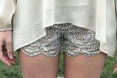 shorts,sequin  shorts,short,sequins,scalloped,sequined shorts,scalloped shorts,beaded,bedazzled,beaded shorts,beda