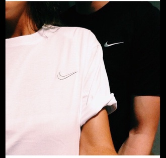 t-shirt nike black nikes white nikes matching couples matching shirts