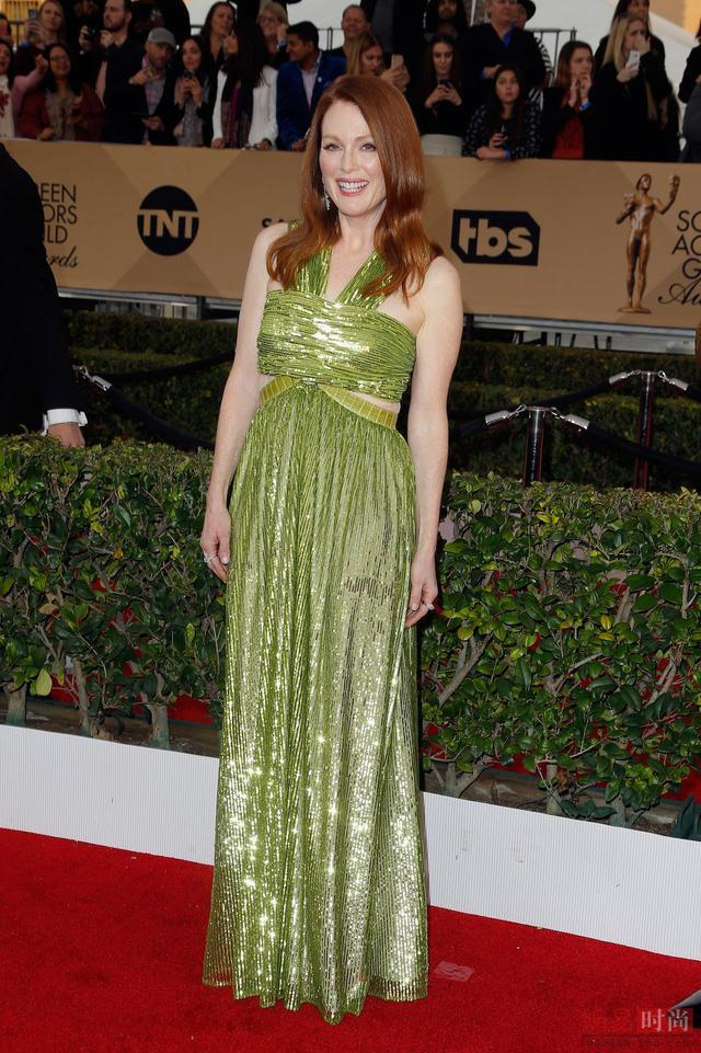 Celebrity evening dresses