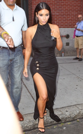 kim kardashian dress kim kardashian dress black dress black and white black heels black celebrity style celebrity style me casual dress high heel sandals sandal heels