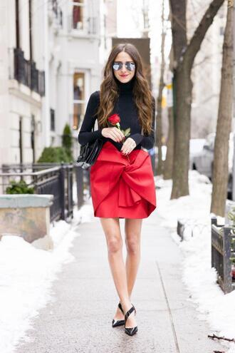 something navy blogger red skirt