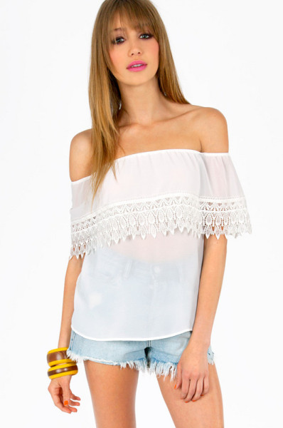 Tobi off shoulder crochet trim top in white (ivory)