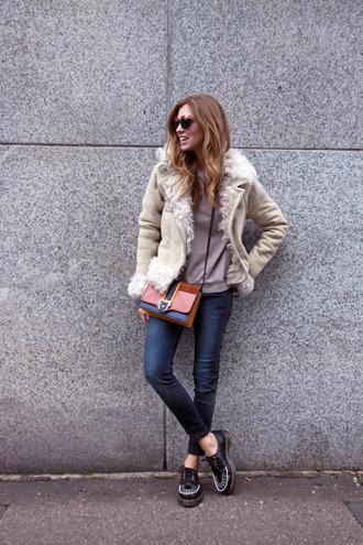 bag sunglasses jacket jeans blogger the blonde salad