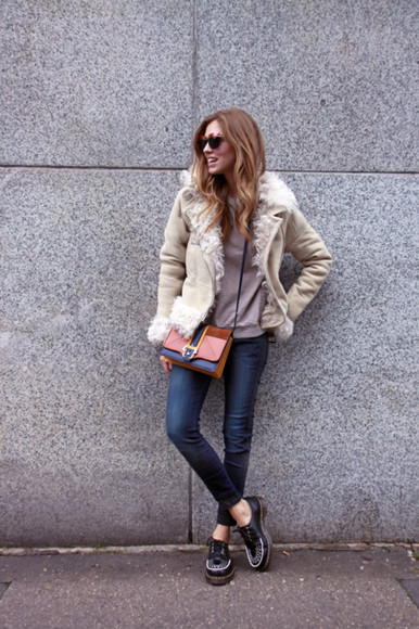 the blonde salad blogger sunglasses jeans jacket bag