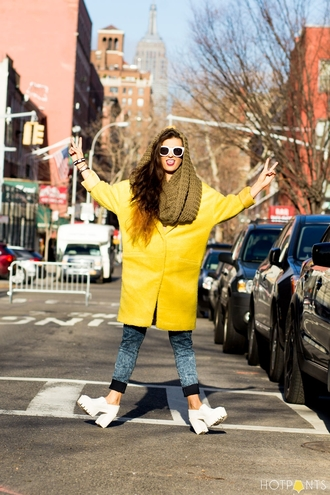 do the hotpants blogger jeans yellow oversized infinity scarf make-up jacket shoes scarf sunglasses