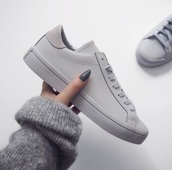 shoes,adidas,adidas shoes,sneakers,grey,trainers,cute,sexy,sweater,nail polish,tennis shoes,fashion,fashionista,stylish,hip,chic,gray shoes,all grey everything,low top sneakers,grey sneakers,beautyful,tumblr