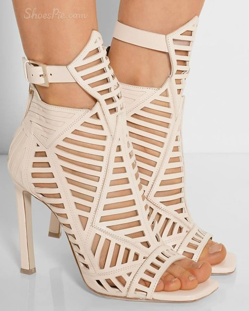 shoes sandals heels high heels nude nude shoes nude heels white boho bohemian jewelry vute vintage summer tumblr vogue chanel
