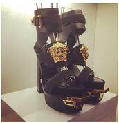 shoes,versace,black,leather shoes