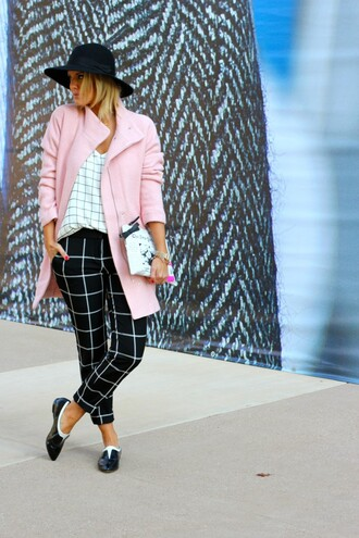 the courtney kerr blogger black and white felt hat checkered pink coat printed pouch coat hat black hat checkered top checkered pants flats shoes black shoes fall outfits