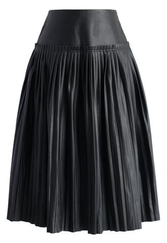 skirt modern crisp faux leather pleated skirt in black black skirt faux leather pleated skirt chicwish midi skirt