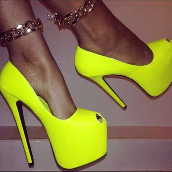 shoes neon lime green neon lime high heels pumps yellow heels jewels