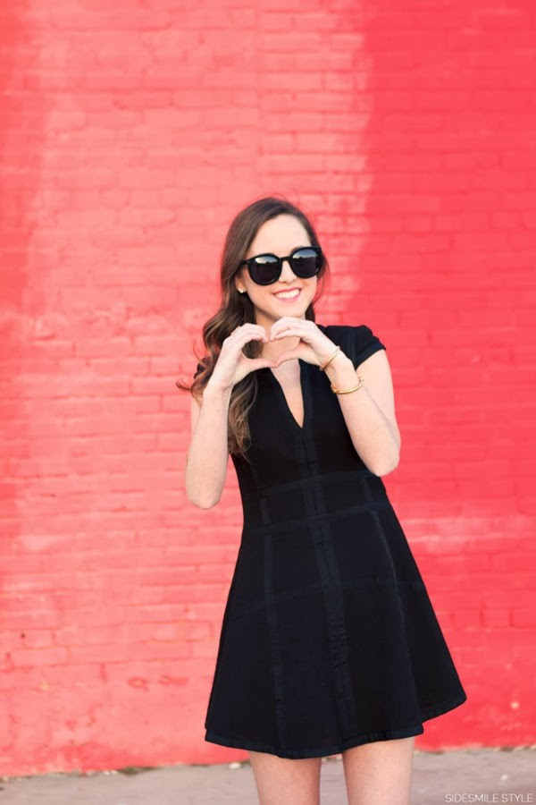 side smile style dress shoes bag sunglasses jewels