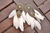 jewels,earrings,dreamcatcher,summer,beautiful,white,boho jewelry,dream catcher earrings,feathers,feather earrings,fashion,feather earrings gold leaf,hair accessory
