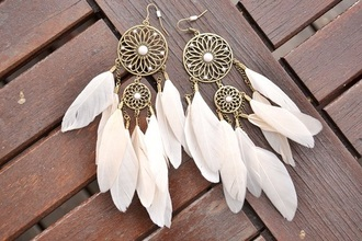 jewels earrings dreamcatcher summer beautiful white boho jewelry dream catcher earrings feathers feather earrings fashion feather earrings gold leaf hair accessory