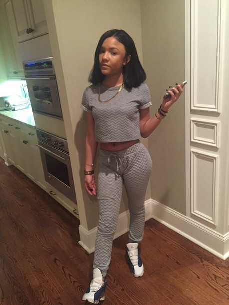 pants top grey sweatpants cute shirt grey sweatsuit shirt grey crop cropped set quilted t-shirt girly classy leggings textured top jumpsuit grey t-shirt crop tops cute outfit