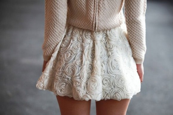 pretty skirt white pale pink cute textured spring rose skirt beautiful pink flowers white flowers elegant classy sweater pink sweater knit sweater fashion knitted knitted sweater white skirts flower print skater skirt skirt cute tulle skirt sweet