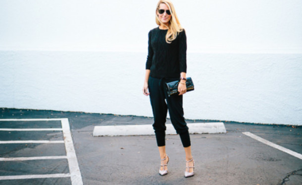 krystal schlegel blogger pants sweater sunglasses shoes bag jewels