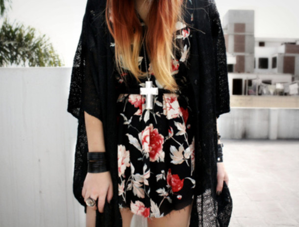 mini print floral le happy black dress white dress grey dress red dress brown dress jewels romper dress flowers vintage roses black red white cardigan lace crochet jacket shrug kimono floral floral dress black kimono