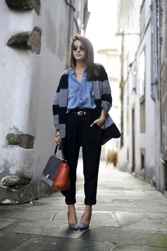 lovely pepa shoes bag sweater shirt pants belt jewels sunglasses