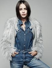 jacket,willa holland,faux fur,jeans,denim,denim shirt,fall outfits,fluffy