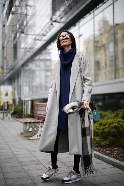 tina sizonova blogger shoes coat dress scarf bag