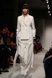 pants,jacket,milan fashion week 2016,fashion week 2016,wide-leg pants,runway,model,Alberto Zambelli,ports 1961