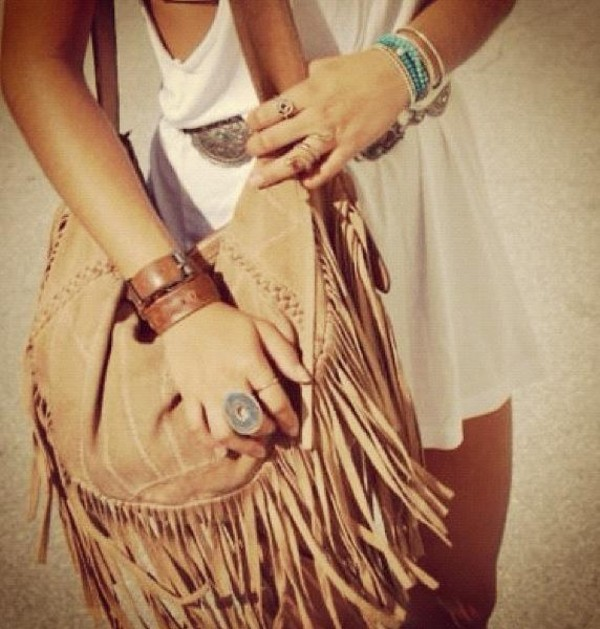 Brown Shoulder Bag With Tassels – Shoulder Travel Bag