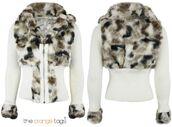 jacket,fur trim,warm,winter outfits,crop coat,lovely,trendy,smart,celebrity,coat,knitted cardigan