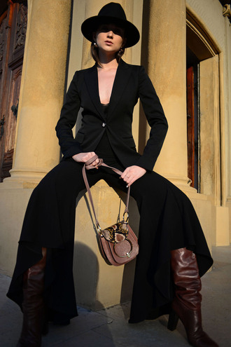 neoandlime neo and lime | fashion & trends blog blogger hat jewels pants jacket bag shoes suit black hat shoulder bag wide-leg pants boots brown boots