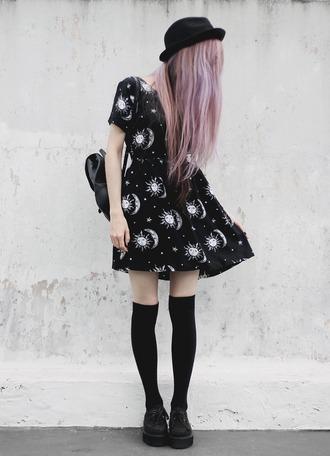 dress space sun moon stars