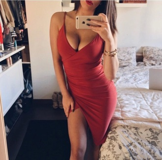 dress red dress red scarlet strappy strappy dress red strappy dress scarlet dress straps bodycon fit v neck low v low v neck slit leg slit slit dress bodycon dress v neck dress gloves sexy hot mirror selfie boho dress i saw it on twitter short spaghetti strap