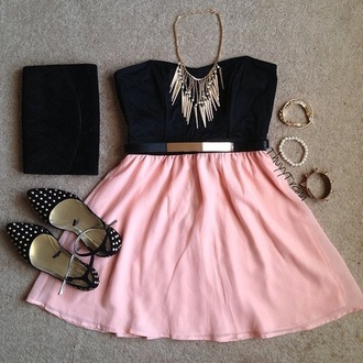 skirt pink pink skirt pastel pink skirt skater skirt belt hair accessory jewels shoes tank top bag