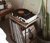 home accessory,vinyl,record player,table,home decor,accessories