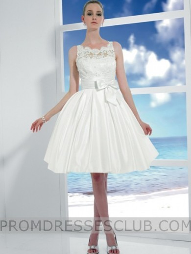 A-Line Lace Halter Knee-Length Buttons Short Wedding Dress With Bow