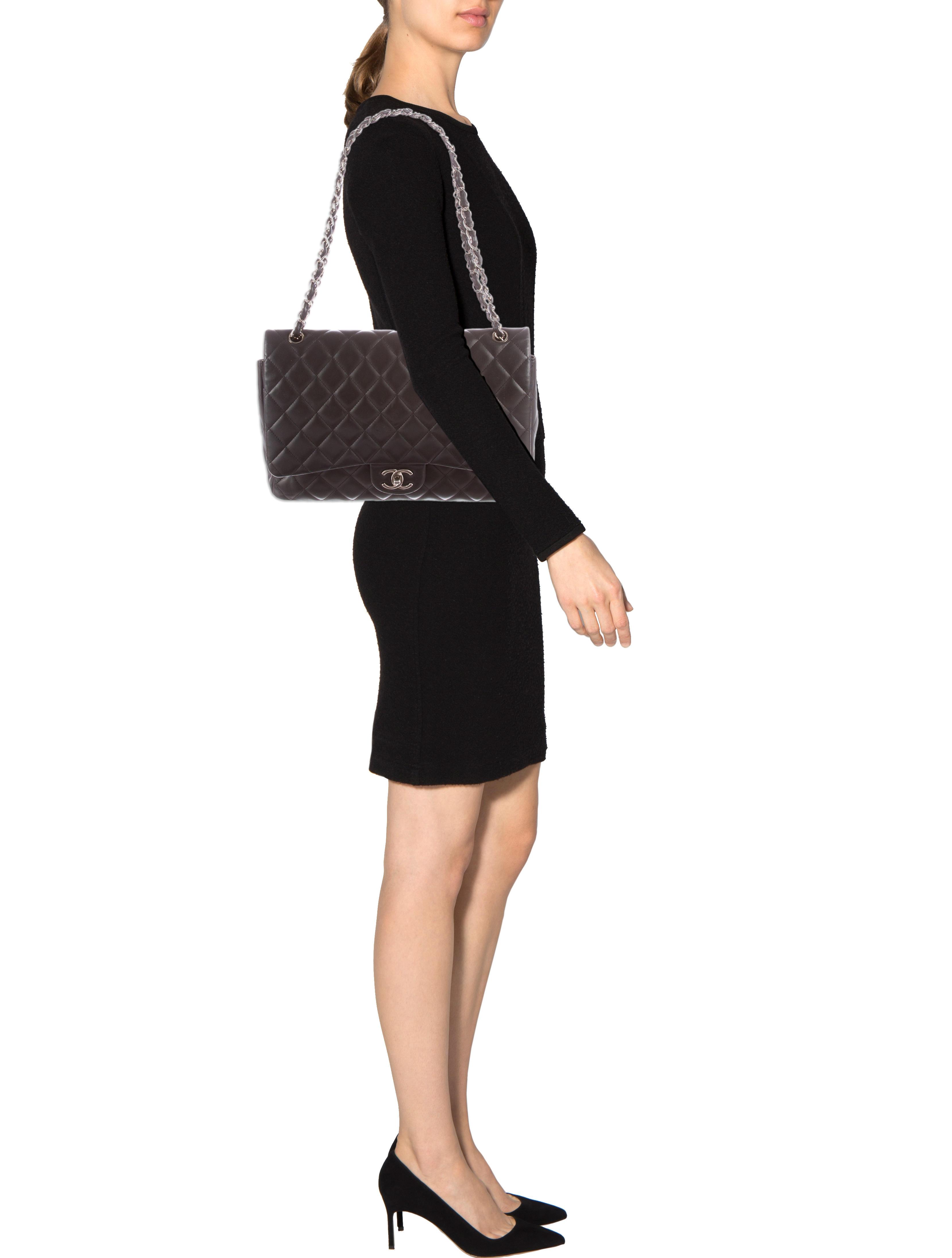 e2b3e3b6d97f2 Chanel Classic Maxi Double Flap Bag
