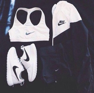 jacket black and white nike nike shoes nike jacket nike running shoes nike leggings shoes
