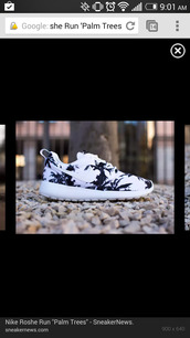 shoes,nike,nike roshe run,palm tree,plam trees,white shoes,nike shoes,black and white nike palm tree shoes,nikes,palm tree print