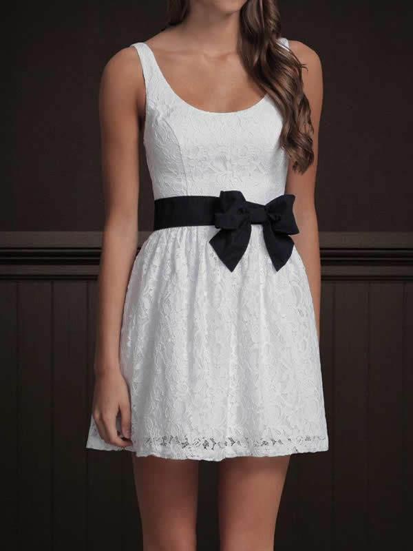 Hollister White Fit Flare White Skater Dress Floral Print Black Bow Belt | eBay