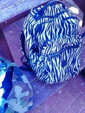 bag,kipling,school bag and laptop,blake,white