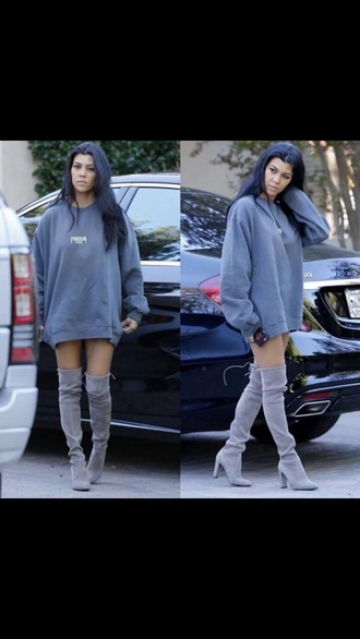 shirt kourtney kardashian