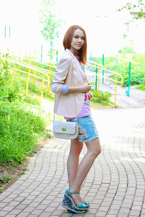 gvozdishe jacket bag shoes t-shirt shorts
