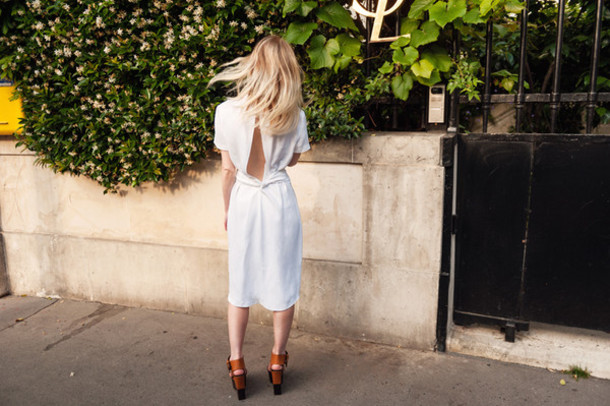 alice point blogger white dress backless dress