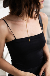 top,black top,accessories,Accessory,hat,necklace