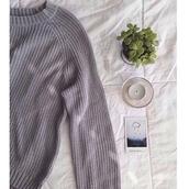 sweater,waffle knit,grey sweater,pale,pale grunge