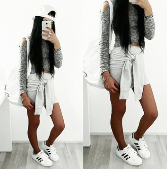 top nepi grey grey crop top crop tops wrap top cut out top cross back fashion style blogger instagram tumblr jersey jersey skirt snackback adidas cold shoulder blvckd0pe maniere de voir