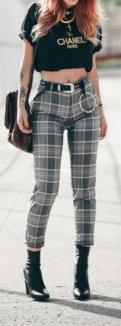 jeans,plaid,pants,pleated skirt,pleated,black,grey,white